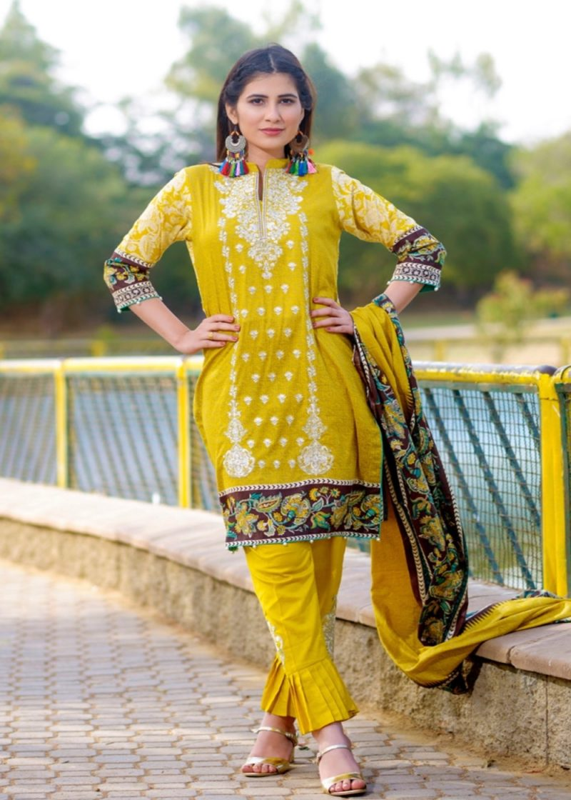 5c27c914a1 Alishba Emb Lawn Collection 2019 By Bin Saeed (Vol 01) – ZH Brands